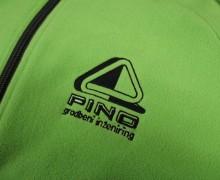 Vezenje logotipa Pino na flis jope