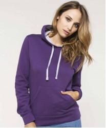 Ženski pulover s kontrastno kapuco K465
